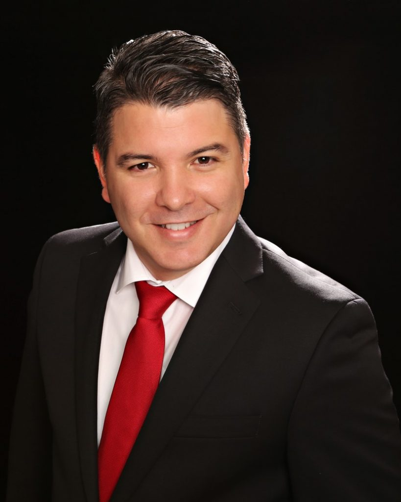 Alejandro Baez - real estate agents