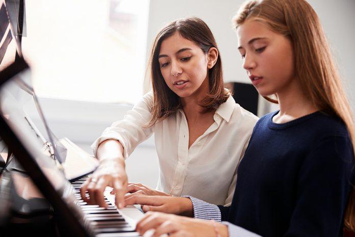 Best World Piano Schools