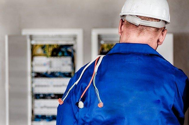 5 Best Electricians in Calgary