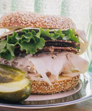 sandwich shops in winnipeg